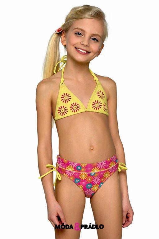 Dívčí plavky Lorin 46 kytičky - moda-pradlo.cz 2f429adba9